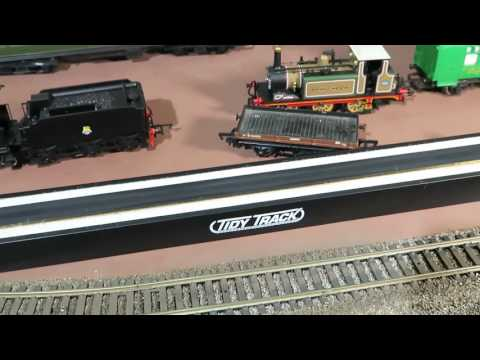 Model Railway review, Woodland Scenics track and wheel cleaners