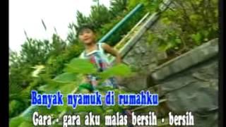 Christina - Nyamuk Nyamuk Nakal [Official Music Video]