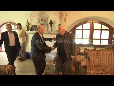 Gllogjani i gëzohet lirimit të të birit - 27.04.2017 - Klan Kosova