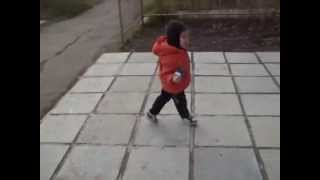 видео Мальчик ураган смотреть до конца(Это видео создано с помощью видеоредактора YouTube (http://www.youtube.com/editor), 2014-10-11T13:08:51.000Z)