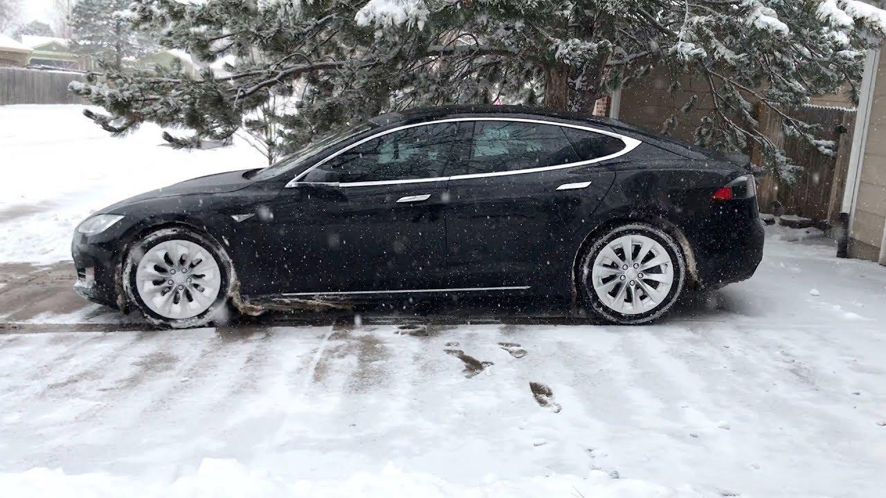 Tesla Model S Rwd Winter Driving Testing