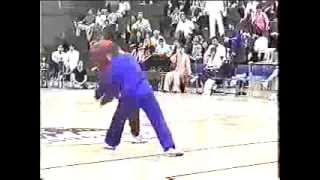 "Tai Chi pushing hands ""Tuishou"" ( push hands )"