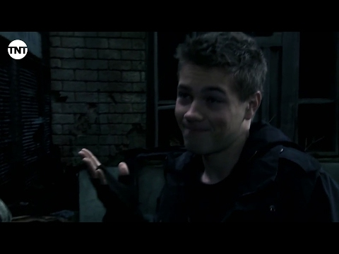 Hal And Ben | Falling Skies | TNT