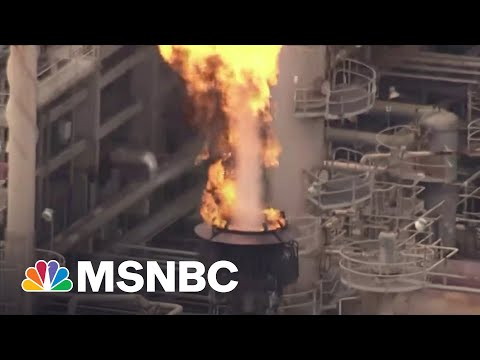 Big Oil Suffers Setbacks, Forced To Deal With Climate Change | Maddow