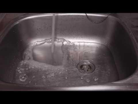 洗手盆去水慢,簡易通渠法!