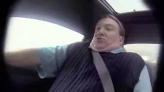 Piloto da Nascar engana vendedor de carros em teste drive radical