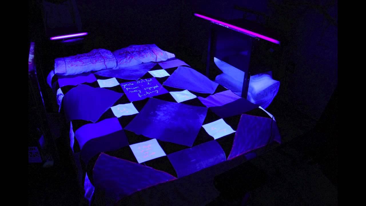 Bed Blacklight Youtube