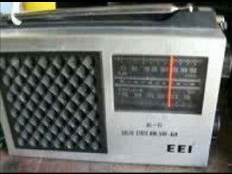 EEI AM/VHF Air portable radio (circa 1975)