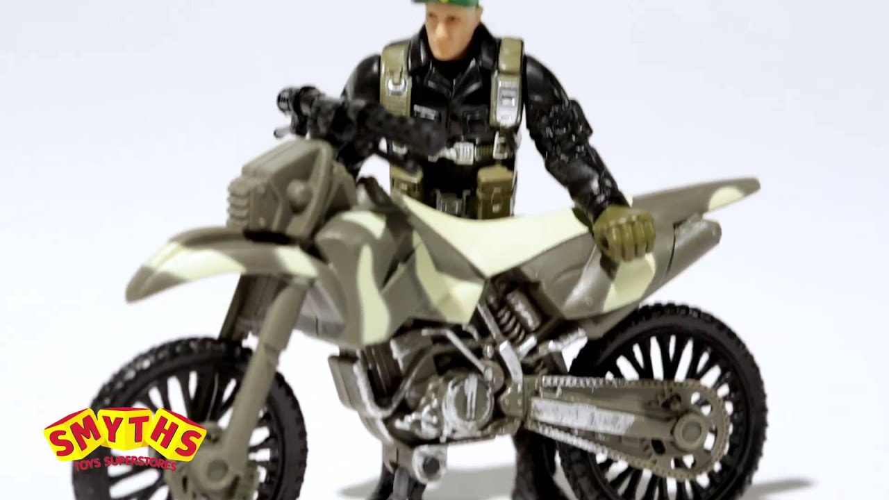 Soldier Force 9 Elicottero : Smyths toys soldier force steel badger playset youtube