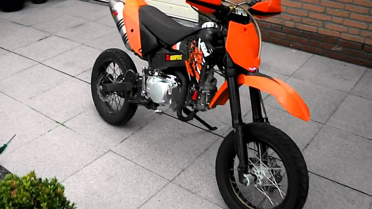 orion 125cc with akrapovic and ktm plastics youtube. Black Bedroom Furniture Sets. Home Design Ideas