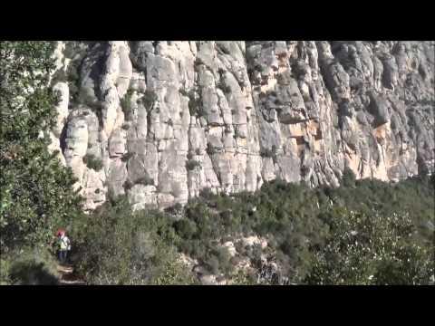 Trekking a Montserrat y visita coves del Salnitre