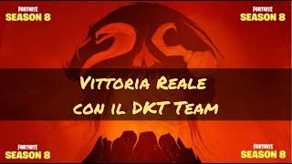 Fortnite: Royal Victory season 8 in squad