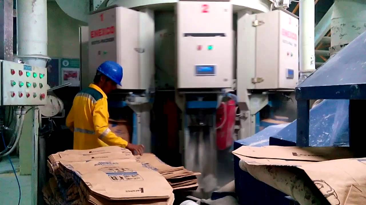 Bagging Cement Plants : Packing process cement pt lafarge indonesia plant