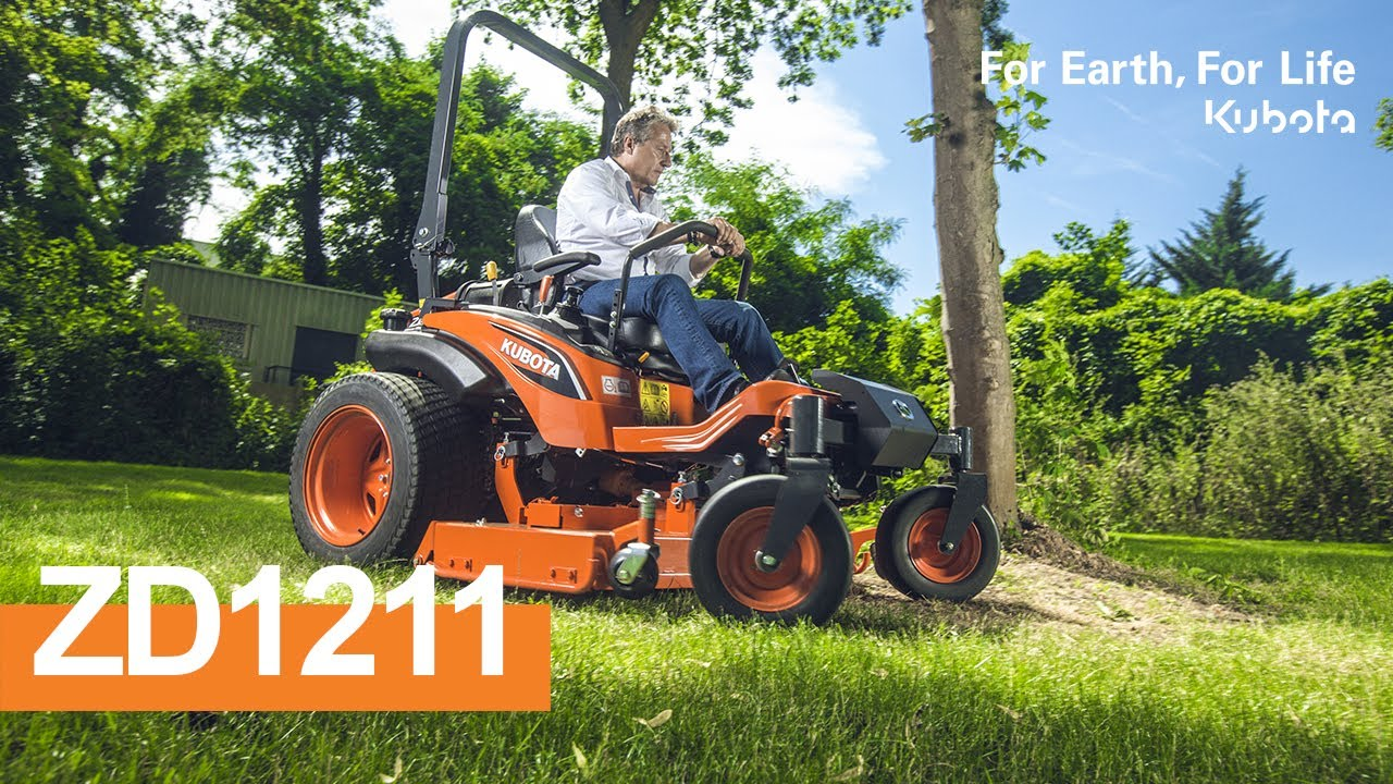 2018 | Groundcare ZD1211 Kubota - Easy mower and engine access