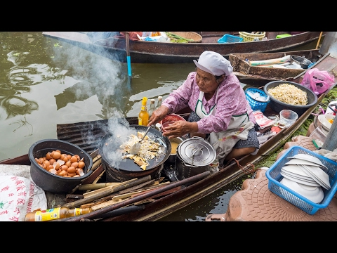 Thai Food at Tha Kha Floating Market (ตลาดน้ำท่าคา) – Don't Miss Aunty's Fried Oyster Omelet!