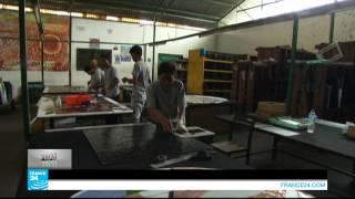 ...جنوب أفريقيا: النفايات البلاستيكية لإنجاز لوحات فنية