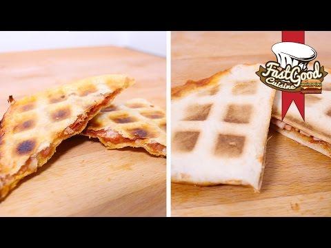 recette-d'après-soirée-:-la-pizza-gaufre-vs-le-quesadilla-gaufre