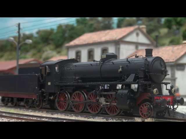 Rivarossi HR2457 / HR2458 - FS, locomotiva a vapore Gr.744 Walschaerts con tender a carrelli