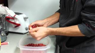 Pomegranite Deseeding