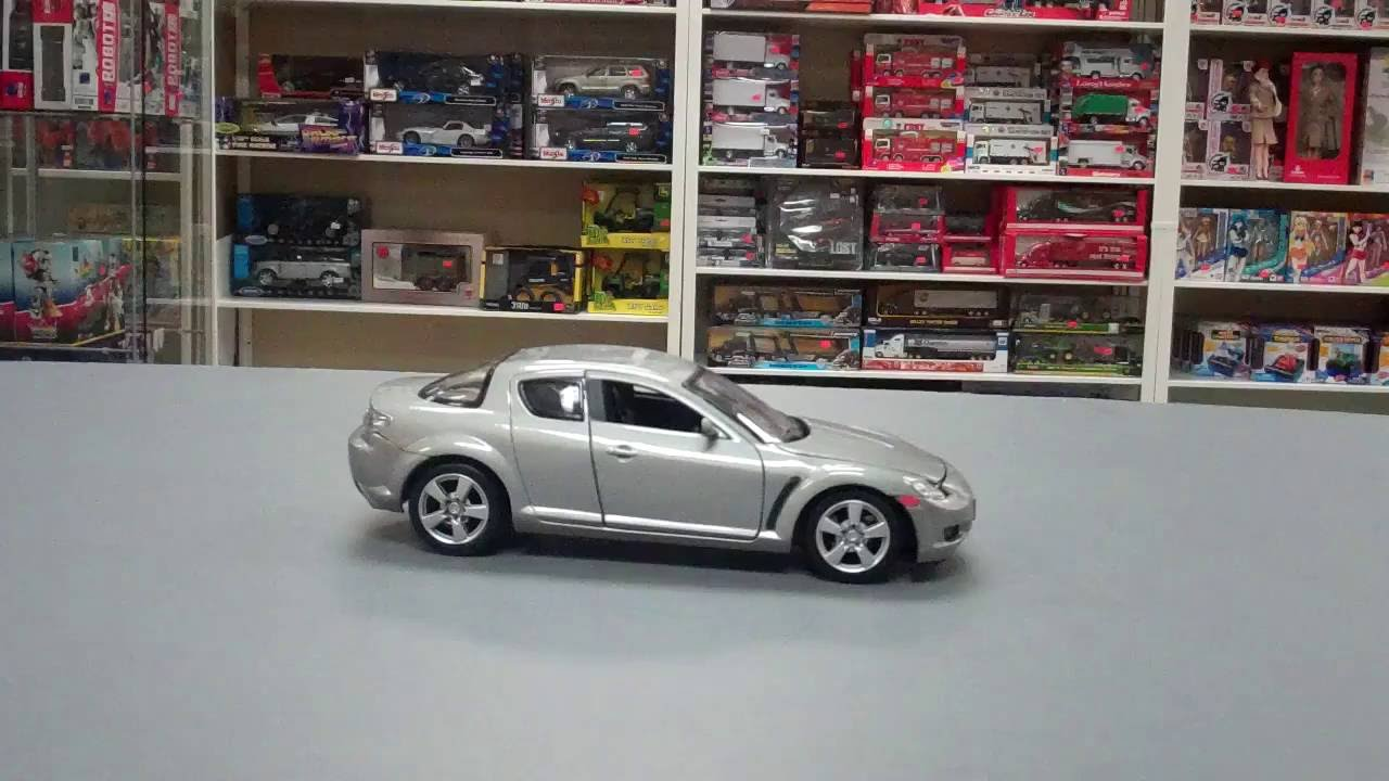 Motormax Mazda Rx 8 1 24 Scale Cast Model