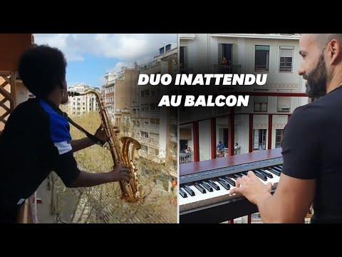 Confinés à cause du coronavirus, ces voisins jouent du Céline Dion au balcon