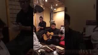 ギター石田義人、ボーカル松田悟志 即興で名曲とんぼ.