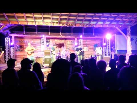 """Acoustic Syndicate performs """"Memphis Girls"""" live at Clear Mountain View Music Festival 8-25-12"""