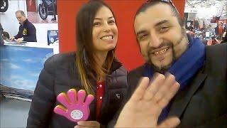 Sara Tommasi al Roma Motodays  2017 saluta i fans