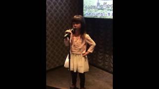 6歳の娘が歌う大好きな歌.
