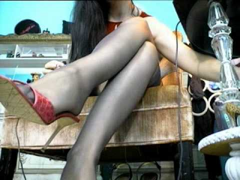 Sissy Humiliation: prancing and spreading in front of a motel window.Kaynak: YouTube · Süre: 2 dakika2 saniye