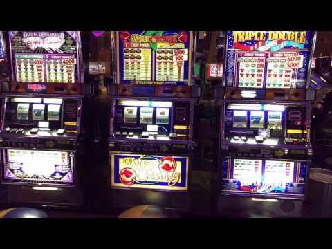 Navio Rhapsody of the Seas casino