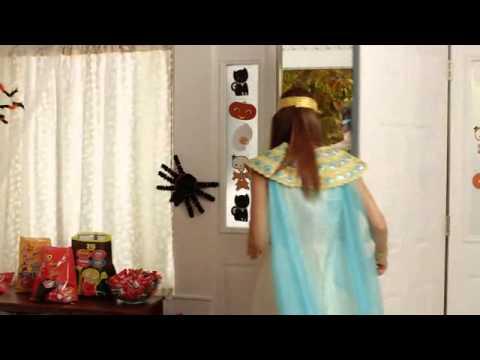 tv commercial spot walmart monstrously big halloween 2014 save money live better - Walmart Halloween Commercial