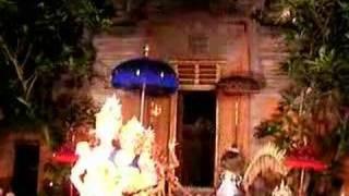 レゴンダンス in Bali 1