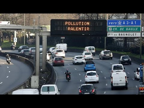 New anti-pollution traffic ban cuts congestion, says Paris mayor