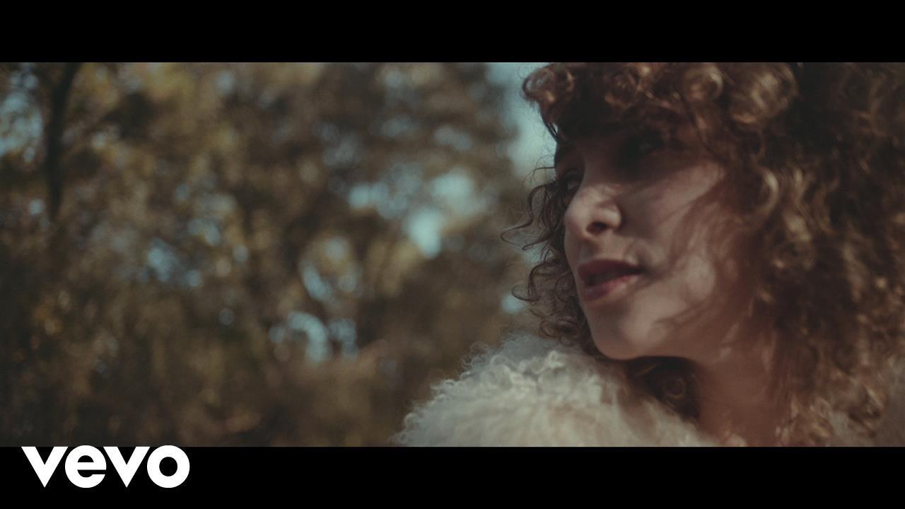 gaby-moreno-o-me-official-video-gabymorenovevo