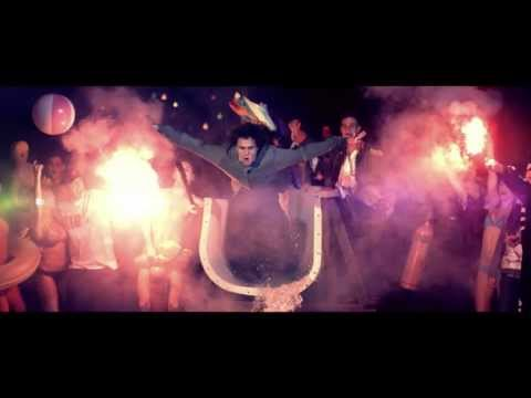 Bliss n Eso - Act Your Age (feat. Bluejuice) - Official Video Clip