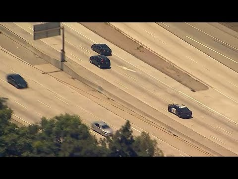Live: Authorities chasing suspect on 134 Freeway in Glendale area  | ABC7