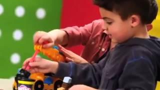 Пластилин Play Doh (Плей До)! Весёлый кран! Играем в стройку!(Пластилин... Сколько радости дарит он детям! Сколько забавных и интересных поделок можно вылепить с помощью..., 2014-08-27T10:37:07.000Z)