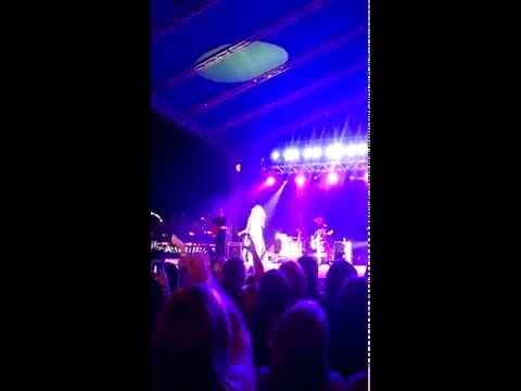 Born To Fly by Danielle Bradbery LIVE at Rock County 4-H Fair
