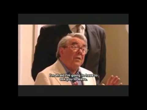 In Memory of Ronnie Corbett - Bubbles DeVere & Ronnie Corbett - Little Britain Abroad