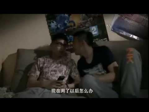 Tình yêu đồng tính của 2 chàng trai làm rung động cư dân mạng