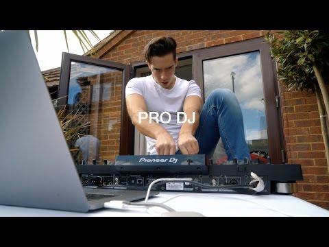 DJING ON THE NEW MACBOOK PRO TOUCHBAR
