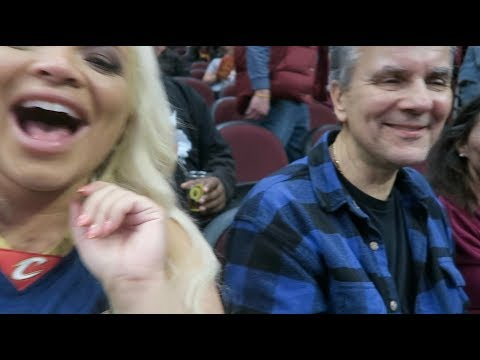 SURPRISING MY DAD WITH COURTSIDE TICKETS! (CLEVELAND VLOG)