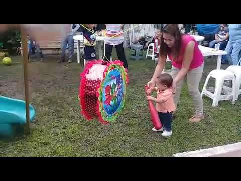 Piñata Karol