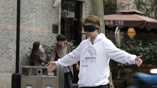 "Social Experiment in China -- ""I'm gay, would you hug me""  