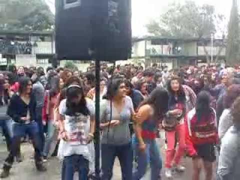 Fin de semestre en prepa 3 toluca 2013 payaso de rodeo for Mural de prepa 1 toluca