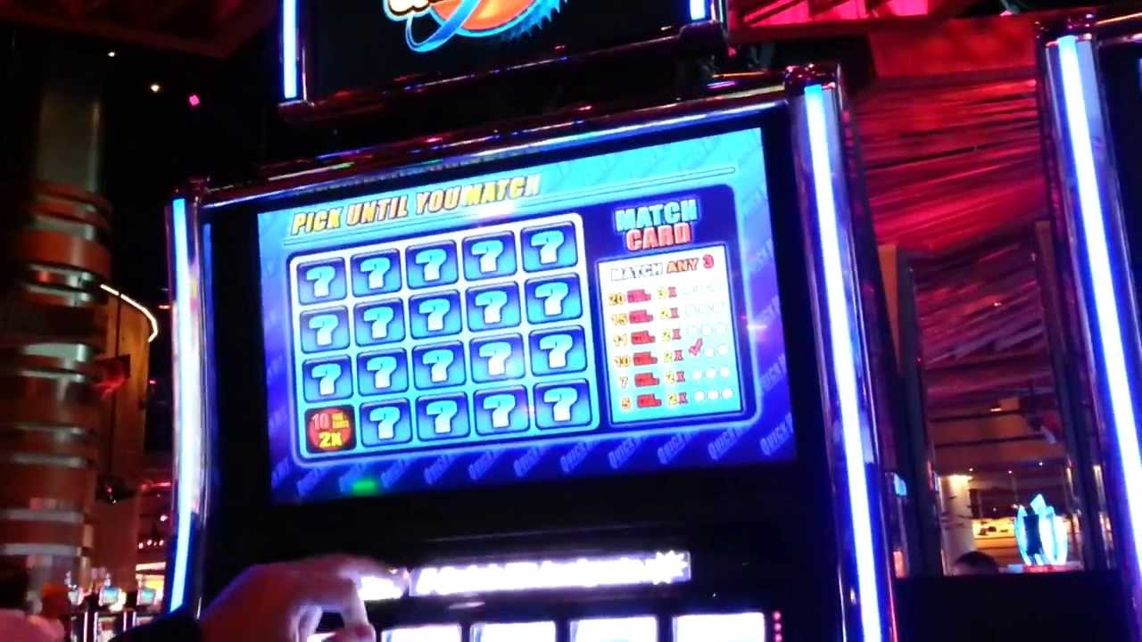 Blue Diamond Slot Machine