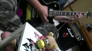 私の兄ですヾ(ゝc_,・。) 根っからのギター馬鹿な兄ですが見てあげてくだ...