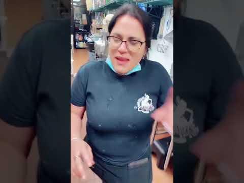 Puertorriqueña reta a los mexicanos a comer chiles toreados