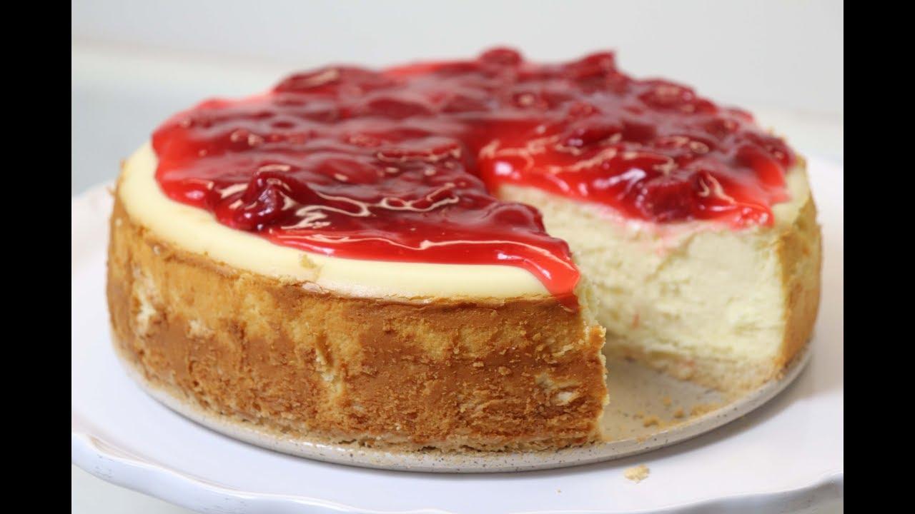 how to make white chocolate and strawberry cheesecake